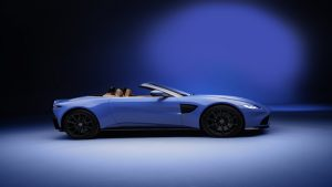Aston Martin Vantage Roadster revealed