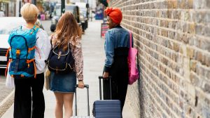 How To Travel With Friends On Different Budgets