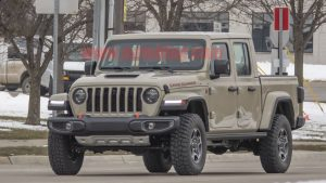 Jeep Gladiator Sand Runner pickup spotted by spy photographer