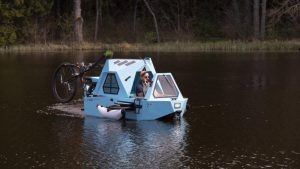 Zeltini Z-Triton can convert from boat to trike to cabin
