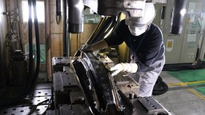 Nissan shows off a new CFRP production innovation