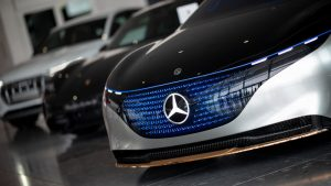 Daimler will shrink with shift to electric, autonomous cars
