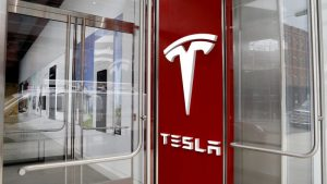 Tesla urges court to reinstate higher emissions penalties against automakers