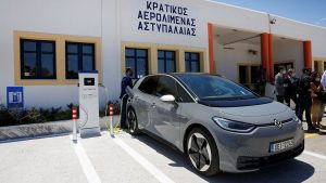 Volkswagen delivers eight ID4s to Greek island looking to go green